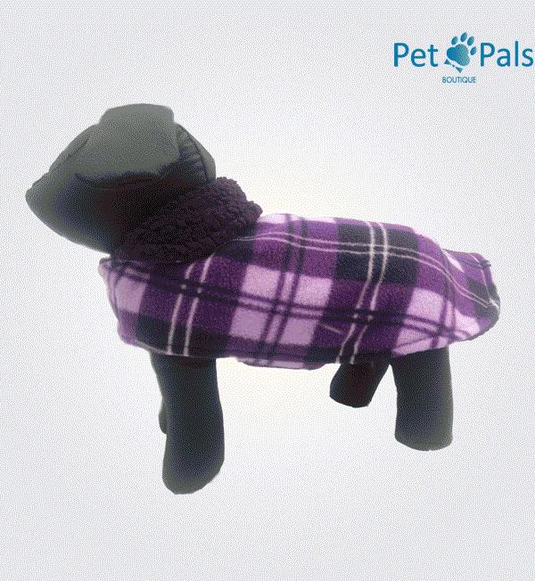 Capa para perro con borrega morada
